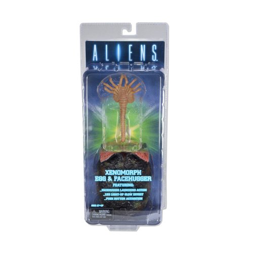 Action-Figur-Alien-Alien-Ei-beleuchtet-mit-Facehugger