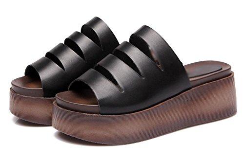pente muffin croûte épaisse d'été avec des sandales à talons hauts et les femmes pantoufles grams