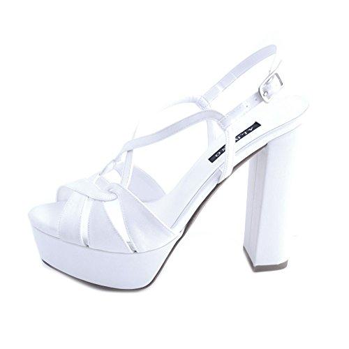 Albano sandali donna sposa raso bianco con fasce intrecciate e chiusura con cinturino al tallone. tacco robusto cubano da 13,5cm e plateau da 4 cm.taglia 40