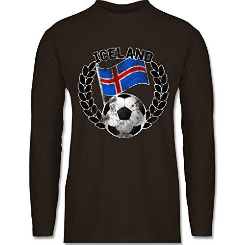Shirtracer Fußball-WM 2018 - Russland - Iceland Flagge & Fußball Vintage - Herren Langarmshirt Braun