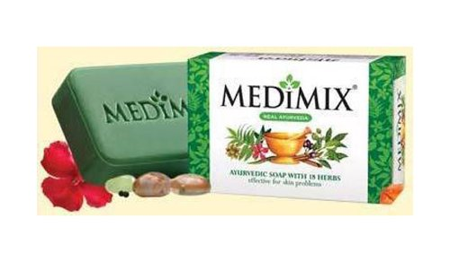 medimix-ayurvedic-herbal-soap-clinical-proven-for-treating-acne-body-odour-and-skin-infections-125g