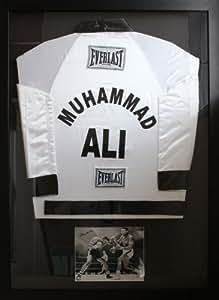Signé Main Muhammad Ali Affiche encadrée photo/Peignoir