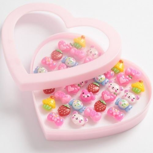 Heart Shaped Box Of 36 Plastic Adjustable Kids Rings Loot Treat Party Bag Filler