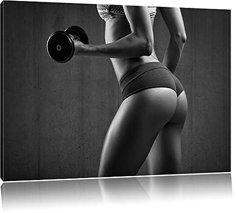 sportliche Frau mit Hanteln Kunst B&W, Format: 80x60 auf Leinwand, XXL riesige Bilder fertig gerahmt mit Keilrahmen, Kunstdruck auf Wandbild mit Rahmen, günstiger als Gemälde oder Ölbild, kein Poster oder Plakat