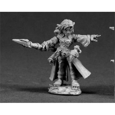 Cassie, Female Gnome Wizard by Reaper Minatures by Reaper Minatures