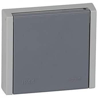 socle à encastrer prise étanche 3p+n+t 20a legrand plexo gris