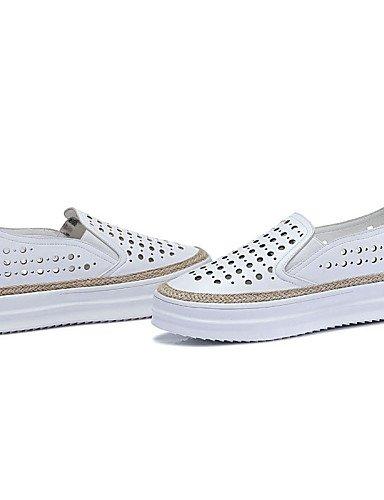 ZQ gyht Scarpe Donna-Sneakers alla moda-Ufficio e lavoro / Casual / Sportivo-Punta arrotondata-Piatto-Finta pelle-Bianco / Argento , silver-us9 / eu40 / uk7 / cn41 , silver-us9 / eu40 / uk7 / cn41 white-us7.5 / eu38 / uk5.5 / cn38