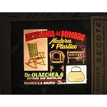Antigua PUBLICIDAD EN CRISTAL PARA CINES : Artesania del Mimbre, madera y plástico. Valencia