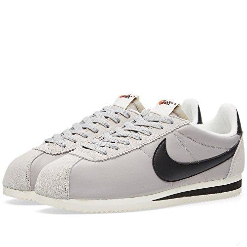 Nike Herren Hallen & Fitnessschuhe silber