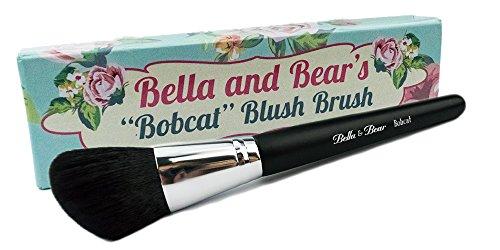 Pinceau pour fard à joue / Pinceau de contour par Bella & Bear - Notre meilleur pinceau de maquillage pour l'application du fard à joue ainsi que les crèmes et poudres de contour. Végétalien.