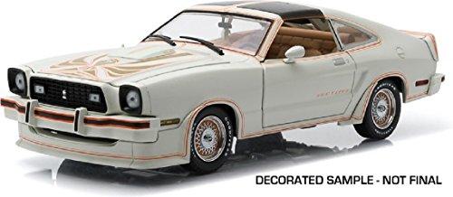Greenlight 12939Maßstab 1: 185.024,1cm Ford Mustang II King Cobra