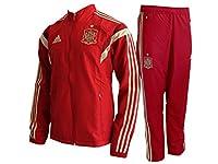 Portez de la tête au pied les couleurs de la Furia Roja en portant cet ensemble Adidas.Cet ensemble est constitué d'une veste et d'un pantalon similaire à celui porté par les joueurs .Entrejambe 78,5 cm (taille 50).Poches avant zippées sur la veste e...