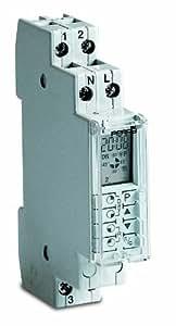 Sesam CPU 17 u Horloge programmable journalière digitale avec réserve de marche d'environ 250 h, 1 unité de division