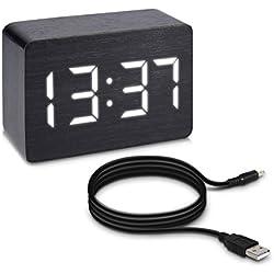 kwmobile despertador reloj digital de madera pequeño con activación por sonido, indicador de temperatura y activación táctil en negro con LED blancas