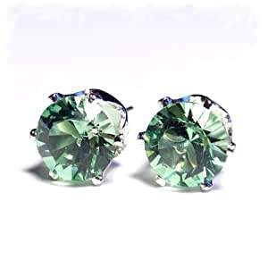 SILVER STUD EARRINGS MADE WITH PERIDOT SWAROVSKI CRYSTAL. HIGH QUALITY. LOW PRICES.