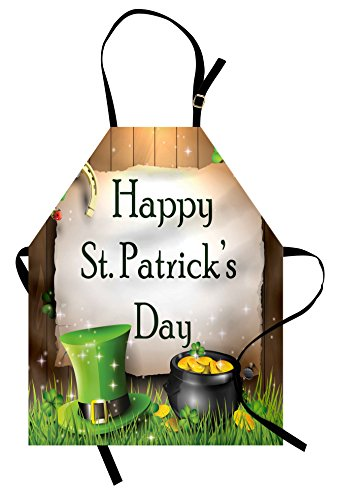 Ambesonne St. Patrick`s Day Schürze, Happy Celebration mit Text auf Holzplanken Gold und Hut Irish Tradition, Unisex Küche Latzschürze mit verstellbarem Hals zum Kochen Backen Garten Mehrfarbig