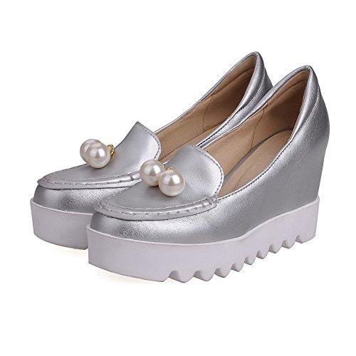 AllhqFashion Damen Rund Zehe Ziehen Auf Pu Leder Eingelegt Hoher Absatz Pumps Schuhe Silber
