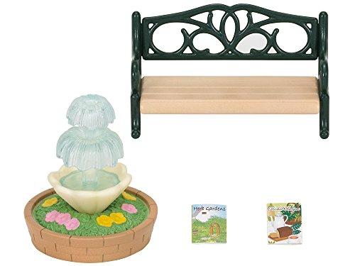 Preisvergleich Produktbild Sylvanian Families 2243 - Gartenbank mit Springbrunnen