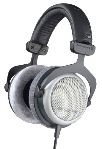 beyerdynamic DT 880 PRO Over-Ear-Studiokopfhörer in schwarz. Halboffene Bauweise, kabelgebunden thumbnail