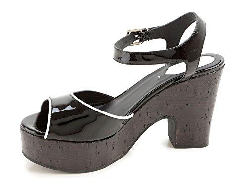 Sandales Fendi compensé en liège en cuir verni noir - Code modèle: 8X4778 TQX F0ZE7 Noir