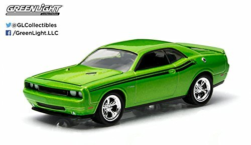 2011-dodge-challenger-r-t-green-with-envy-gl-muscle-series-11-greenlight-collectibles-164-scale-2015