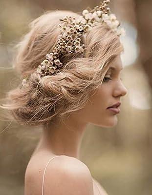 accessoire de fleurs pour mariage et mariée avec chignon ou coiffure champêtre et bohème