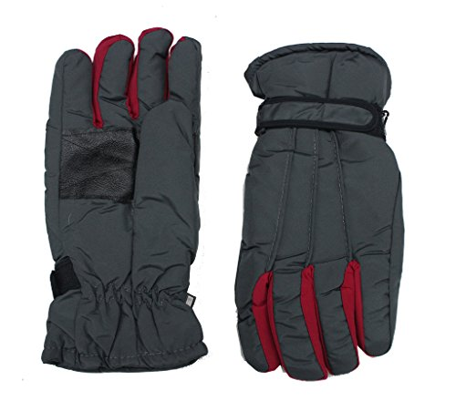 Romano Men's Black Snow-Proof Warm Winter Protective Gloves(Colour may vary)