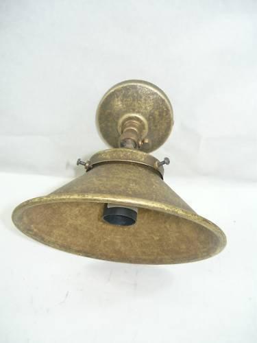Applique in ottone brunito da parete campana Cono - Ottone Cono