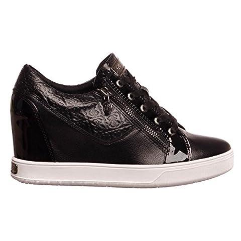 Chaussures Femme Guess - Guess Finna femmes, cuir lisse, sneaker high,