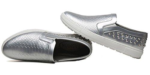 DADAWEN Homme Classique Loafer Chaussure Décoré Avec Cône Métallique Argenté