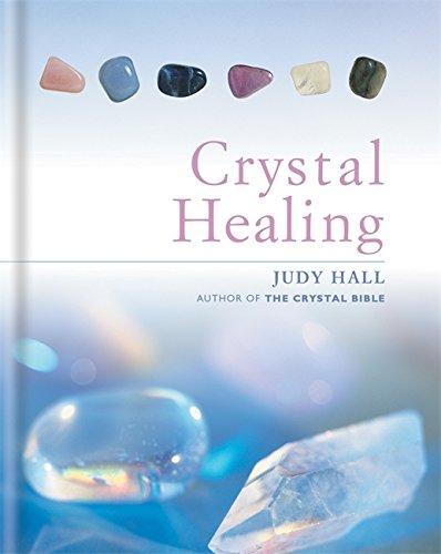 The Crystal Healing Book por Judy Hall