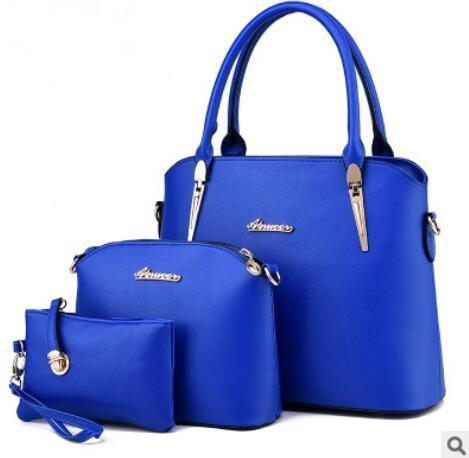 atmosfera-di-europei-e-americani-di-moda-gli-stereotipi-femminili-tracolla-messenger-handbag-days-bl