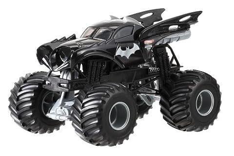 Hot Wheels Monster Jam Batman Die-Cast Vehicle, 1:24 Scale