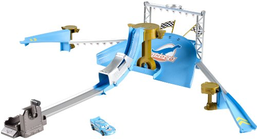 Mattel Disney Cars Y1329 - Dinoco Stunt Show Set, Bahn inkl. 1 Fahrzeug