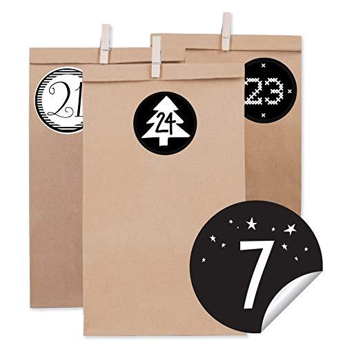DIY Adventskalender 24 braune Papiertüten 14 x 26 x 8 cm, 24 Kraftpapier tüten mit 24 mini Holzklammern mit 24 weihnachtlichen Aufklebern Tütchen Weihnachtskalender