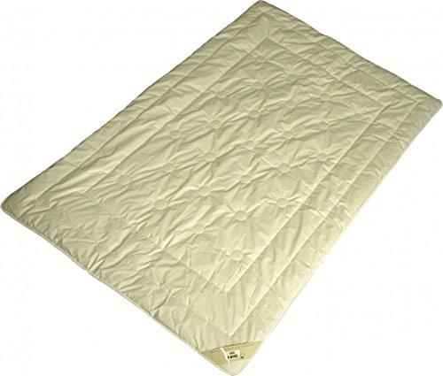 Bettdecke 135 x 200 / 1100 g - Leichtes Duo-Steppbett Garanta mit 100% Kamelhaar Füllung und Bio Cotton KBA Bezug - Für das ganze Jahr thumbnail