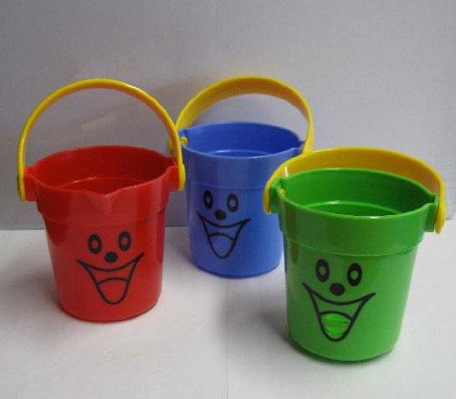 Sandeimer SET, 3 kleine tolle lustige bunte Kinder Eimer, Garten / Strand Sandkasten Badewanne (LHS)