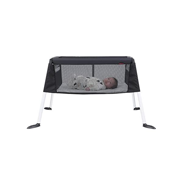 phil&teds V4 Convert Your Traveller Into A Bassinet phil&teds Brings baby up high to safely co-sleep with your new-born Provides a familiar feeling environment & smells for your baby Compact & ultra light for travel, or moving around the house 4