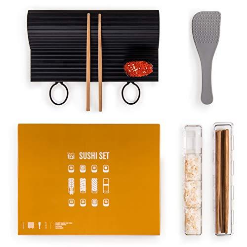Kit de sushi Set de sushi de siete piezas marca Blumtal especialmente diseñado para permitirte preparar cualquier tipo de sushi. Todas las piezas se guardan juntas y de forma compacta. Principales características:   esterilla para sushi extra grande ...