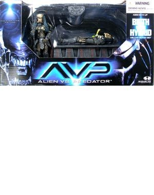 Alien Vs. Predator : Birth of the Hybrid Deluxe Box Set by Toy Rocket