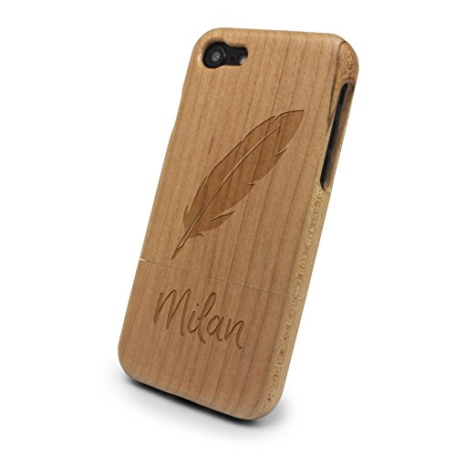 Milan Holz (PrintPlanet® - iPhone 7 Handyhülle mit Name Milan aus Echtholz - Design Feder - Holz Hülle, Case mit Laser Gravur)