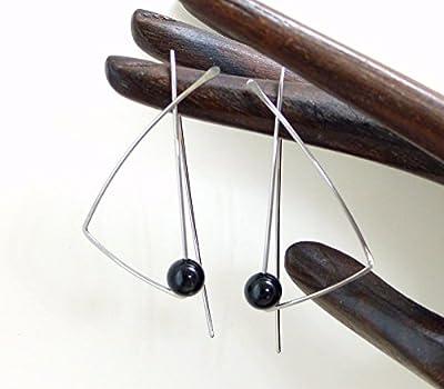 Boucles d'oreilles géométriques minimalistes modernes, agate noire et acier chirurgical (A21)