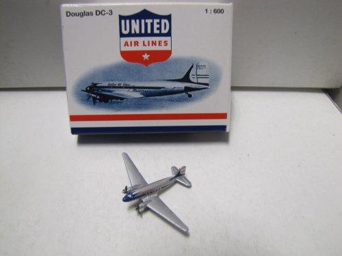 douglas-dc-3-united-airlines-1600