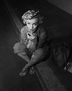 Matterden 'Marilyn Monoroe' Poster (Fine Art Paper, 58 cm x 71 cm, EPL2986)
