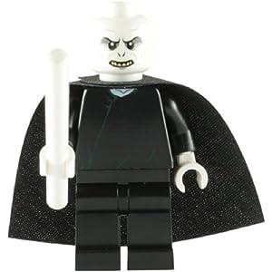 LEGO Harry Potter: Lord Voldemort Minifigura Con Color Blanco Varita Mágica 26