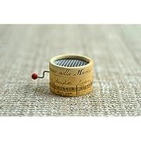 Caja de música * La Vie en Rose *. Estampado de pentagrama antiguo. Mecanismo musical de manivela. Regalo ideal para amantes de la música.