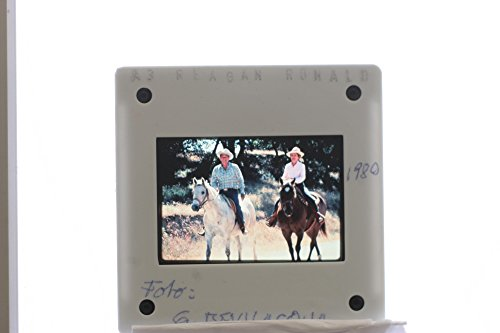 slides-photo-of-us-president-ronald-reagan-riding-his-horse-in-the-ranch-with-first-lady-nancy-reaga
