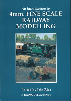 Introduction to 4mm Fine Scale Railway Modelling (RailModel Handbook) por Mike Ainsworth