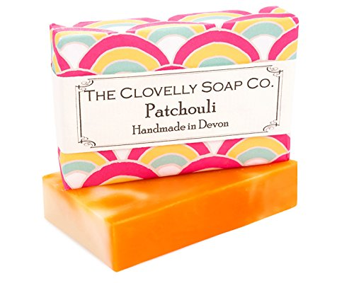 Clovelly Soap Co PATCHOULI Handgefertigte, Feuchtigkeitsspendende Naturseife für Alle Hauttypen mit Patschuli - Ökologische, Vegane Seife aus Natürlichen Zutaten (100 g)