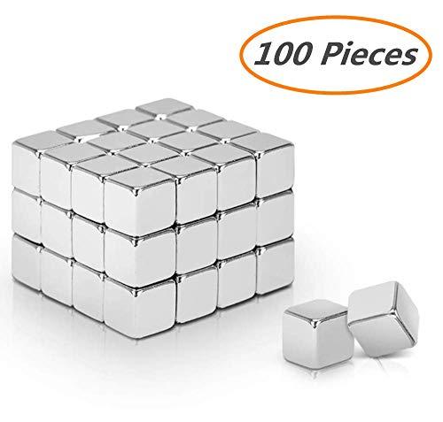Darius James 100 Stück Starke Neodym Magnete, Mini Neodym-Magnet-Würfel 5x5x5 mm - extra-stark für Glas-Magnetboards, Magnettafel, Whiteboard, Tafel, Pinnwand, Kühlschrank, und vieles mehr